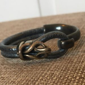 Jewelry - Leather Bracelet with Silver Metal Closure, 7 inch